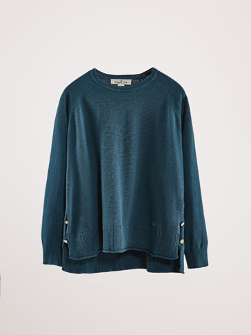 COTTON/CASHMERE SWEATER WITH SIDE BUTTONS