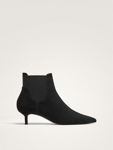BLACK POINTED TOE HEELED ANKLE BOOTS