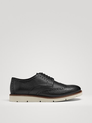 CASUAL BLACK LEATHER SHOES