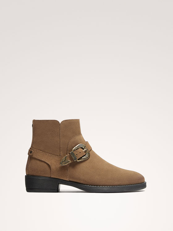 Massimo Dutti - BUCKLED SPLIT SUEDE ANKLE BOOTS - 1