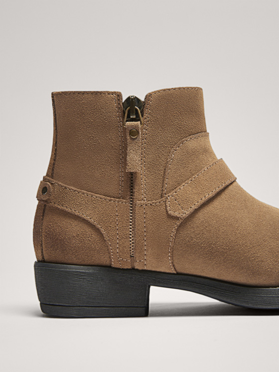 Massimo Dutti - BUCKLED SPLIT SUEDE ANKLE BOOTS - 8