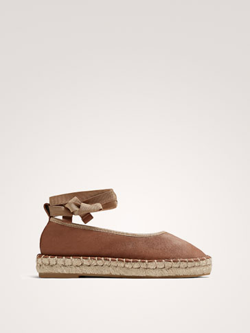 TAN LEATHER ESPADRILLES WITH RIBBONS