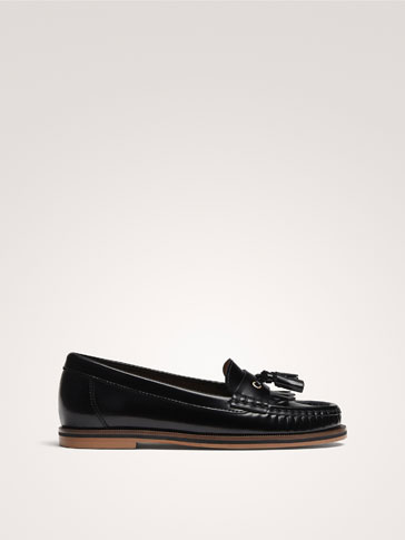 BLACK GLOSSY LEATHER TASSEL LOAFERS