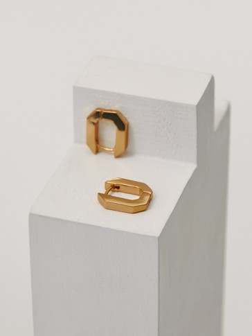 Small gold-plated geometric earrings