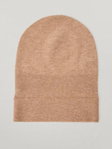 Plain wool beanie