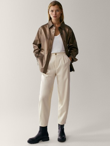 Slouchy trousers with darts