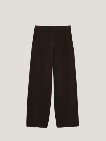 Total Look straight jogging trousers
