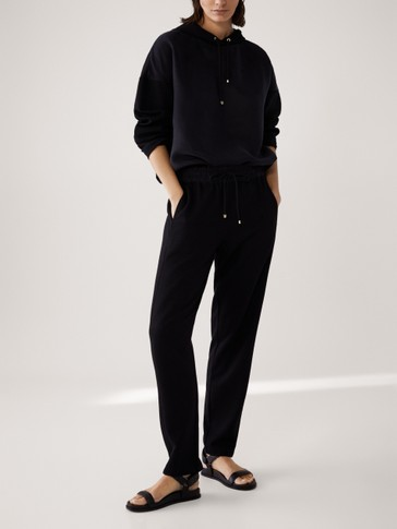 JOGGING FIT TROUSERS WITH SEAM DETAIL