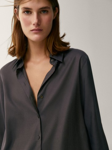Lyocell and cotton shirt with back pleat