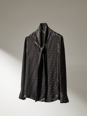 Jacquard shirt with black bow
