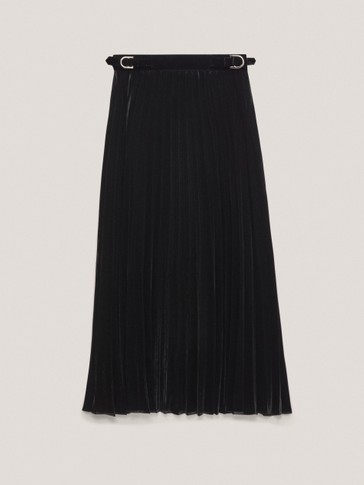 Black pleated velvet skirt