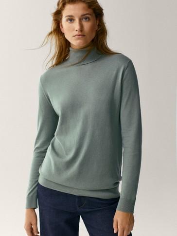Vilnas, zīda un kokvilnas džemperis ar augstu, atlokāmu apkakli