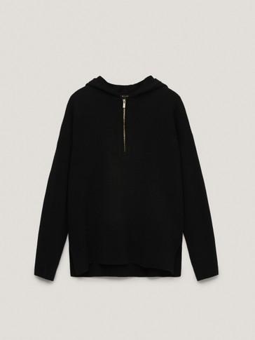 Total look knit hoodie