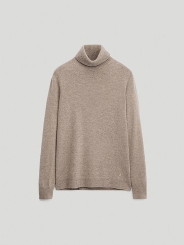 100% cashmere turtleneck sweater