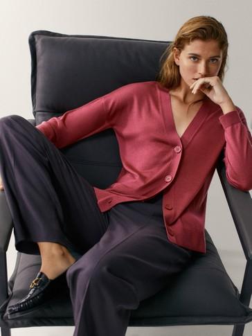Cardigan aus Wolle und Seide mit V-Ausschnitt