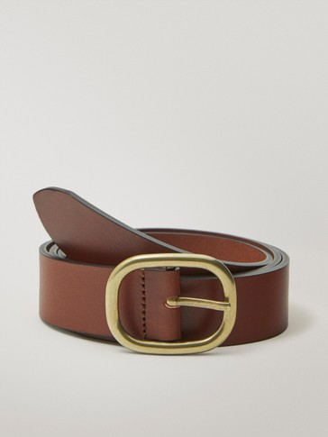 Leather belt with oval buckle