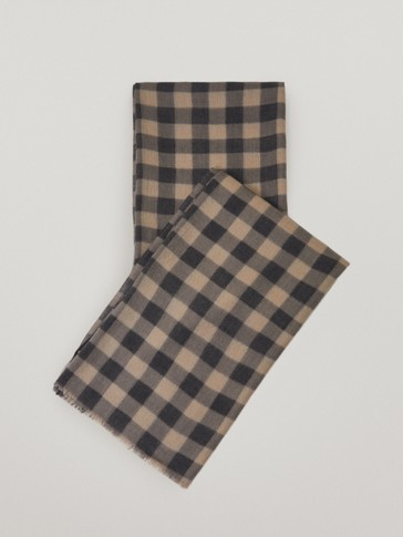 100% wool check scarf