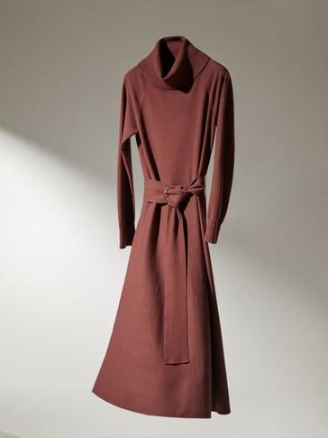 Lepršava haljina s pojasom