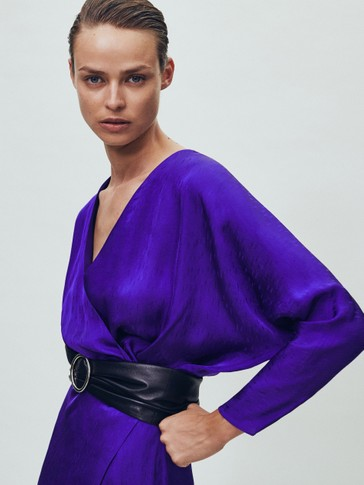 Haljina od žakara s V-izrezom kimono stila