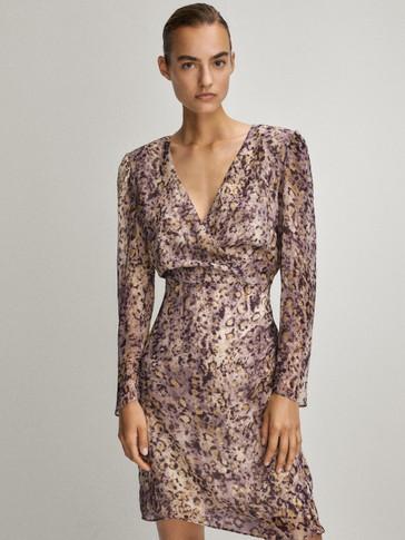 V-neck print dress