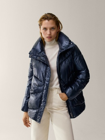 Laminated oversize puffer jacket with topstitching