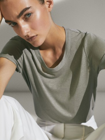 T-skjorte med rund hals i lyocell/lin