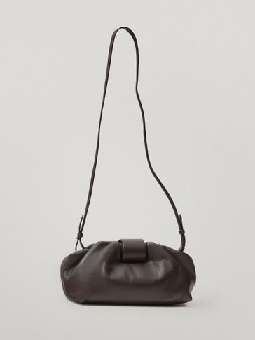 Pouch-Tasche zum Umhängen aus Leder