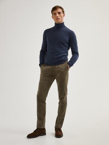 Pantalon chino en velours côteléslim
