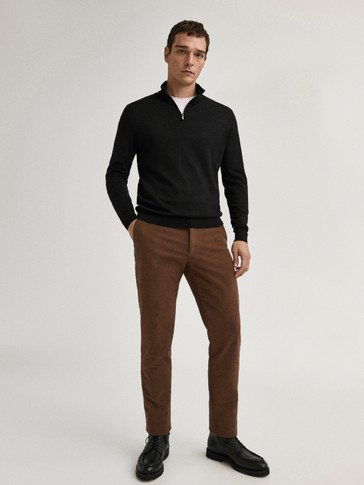 Slim fit, mat velour chinobukser