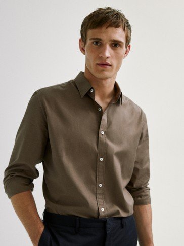 Camisa lisa algodón slim fit