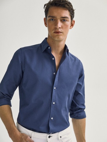 Slim-fit 100% cotton plain shirt