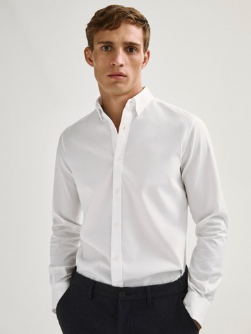 Camisa estructura 100% algodón regular fit