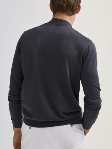 100% 메리노 울 하이 넥 스웨터
