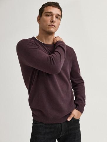 Vilnos ir kašmyro megztinis apskrita iškirpte