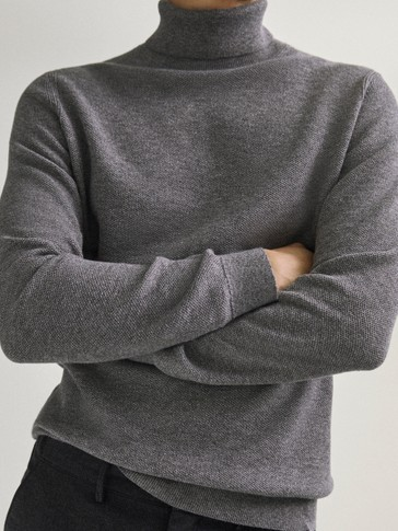 Pull à col retourné en coton et en laine