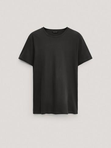 %100 pamuklu kısa kollu t-shirt