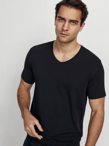 Camiseta algodón cuello pico