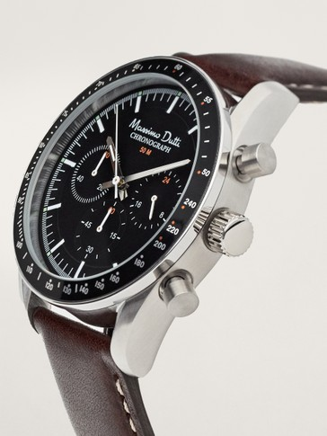 Multi-dial chrono watch with leather straps