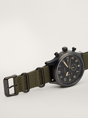 Multi-dial chrono watch