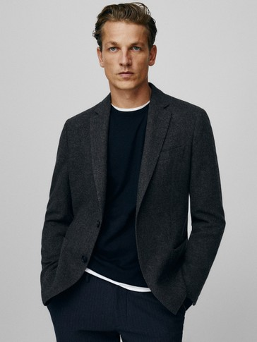 Slim fit plain 100% wool blazer