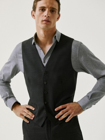 Waistcoat with 100% super 130's wool