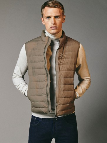 Extra light down gilet