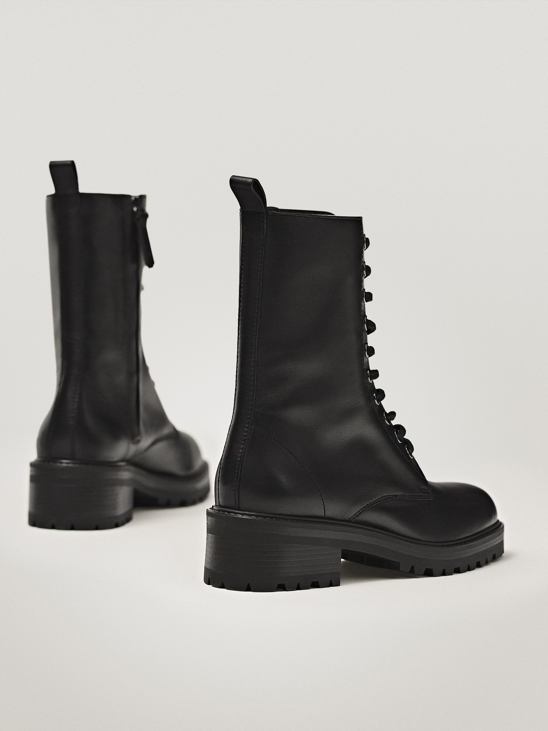 Black lace-up flat ankle boots - Women