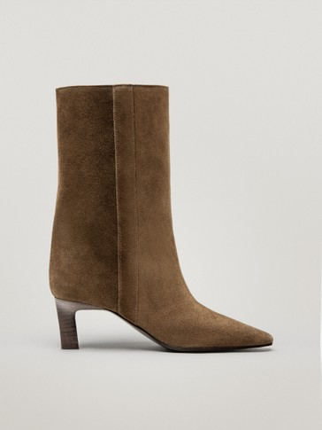 Brown mid-heel leather ankle boots