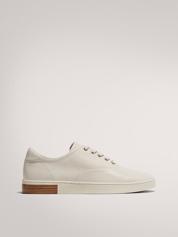 TWO-TONE SOLE TRAINERS