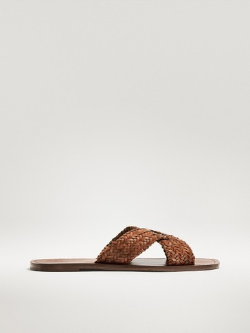 CROSSOVER VAMP PLAITED TAN SANDALS