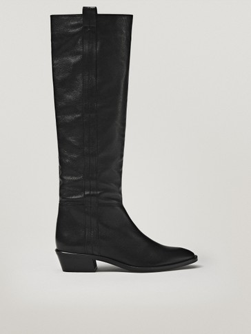 BLACK HIGH-HEEL COWBOY BOOTS