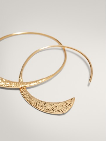 TEXTURED HALF-MOON GOLD-PLATED EARRINGS