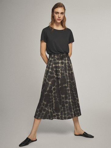 SPOT PRINT SKIRT WITH BELT