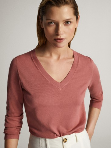 V-neck cotton sweater